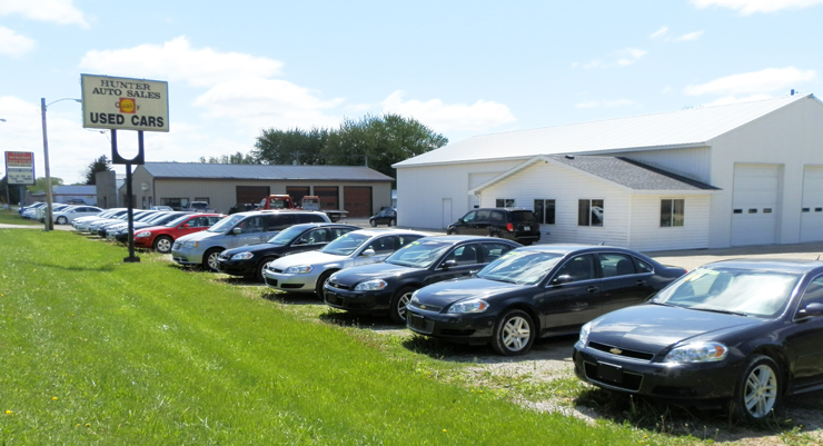 Affordable and Reliable used cars and vans for sale at Hunter Auto Sales in Independence, Iowa - Conveniently located near Waterloo, Cedar Rapids, and Dubuque.